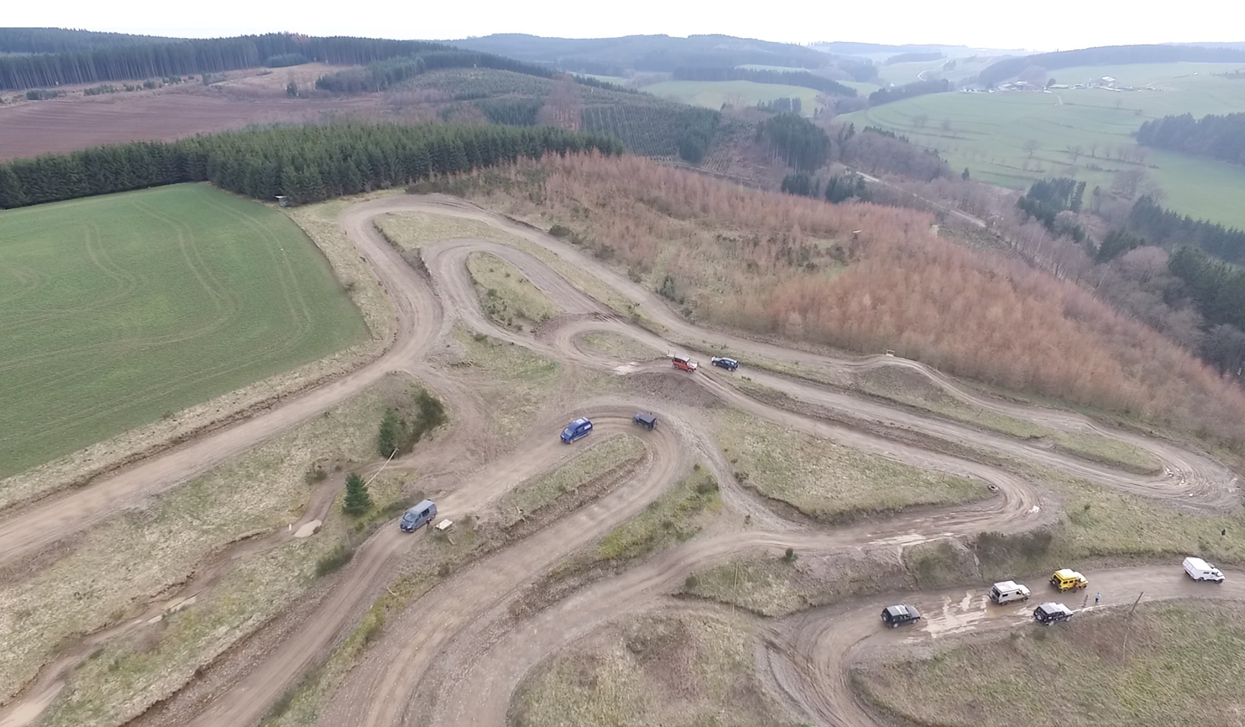 Luftbild des Offroad-Geländes im belgischen Dürler