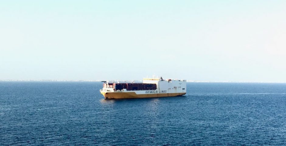 Frachtschiff nach Südamerika - kostenloses E-Book
